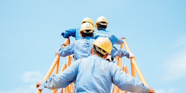 Industry super funds are helping build Australia while increasing your retirement balance image